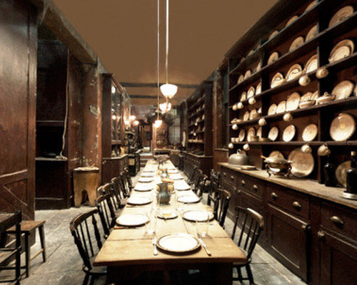 12 Grimmauld Place Black Family Residence Witchcraft And Wizardry