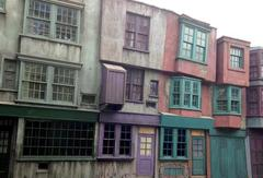 Whimzick_Alley_02.jpg